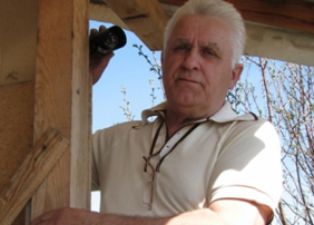 Пенсионер, который заснял падение челябинского метеорита, проводит экскурсии к озеру Чебаркуль