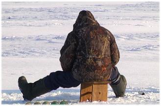 Лед на речках Хакасии стал опасным, лучше удить на озерах
