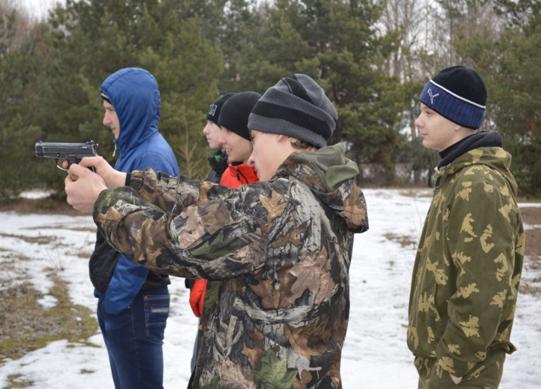 На Силикатных озерах проходила стрельба и хотьба на лыжах