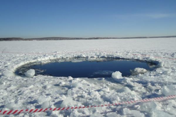 В 20-градусный мороз в Карелии возле озера Топозеро заблудились два подростка