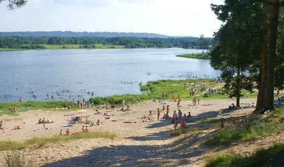На озере Святом пляж открыт с 4 июля